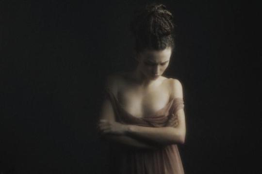 Julia-Tsoona-_no-temnafotografia-por-helosaaraujo8