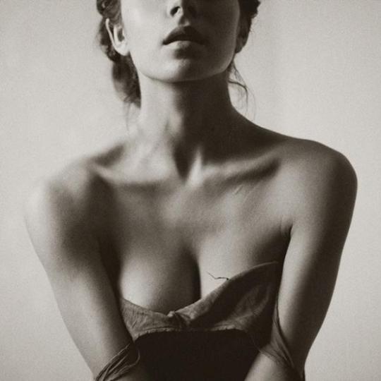 Julia-Tsoona-_no-temnafotografia-por-helosaaraujo5