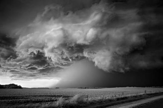 storm-over-field_by_Mitch-Dobrowner600_401
